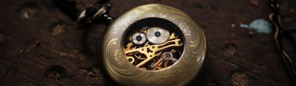 timepiece-460231_1280